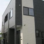 スクエア型の和モダンな住宅
